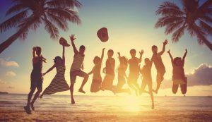 single reizen groep op strand